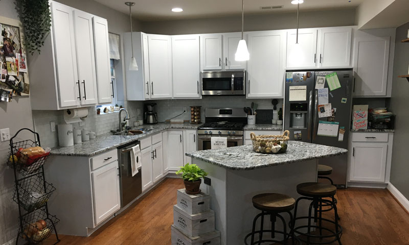 HOW TO PREPARE AND PAINT KITCHEN CABINETS